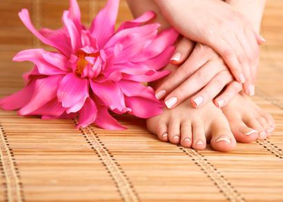 Tratamiento para pies en centro de belleza y estética sonseca